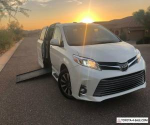 2018 Toyota Sienna Limited Premium  Wheelchair Handicap Mobility Van for Sale