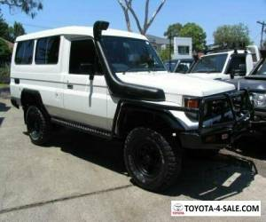 2002 Toyota Landcruiser HZJ78R (4x4) 3 Seat White Manual 5sp M TroopCarrier for Sale