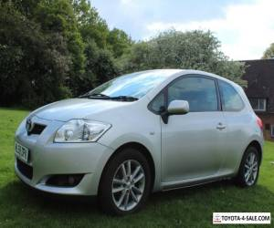 SILVER TOYOTA AURIS 1.4 ONLY 75K 1 PREVIOUS LADY OWNER 2008 58' for Sale