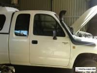 2001 toyota hilux extra cab 2.7 petrol