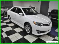 2014 Toyota Camry L - loaded with options - 41k miles - leather - x-clean