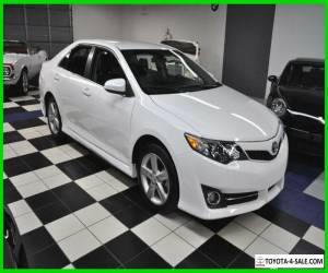 2014 Toyota Camry L - loaded with options - 41k miles - leather - x-clean for Sale