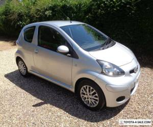 "SEPT, 2009  TOYOTA AYGO "" PLATINUM ""  3 DOOR IN SILVER for Sale"