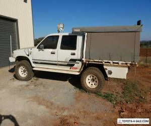 1993 toyota hilux 4x4 for Sale
